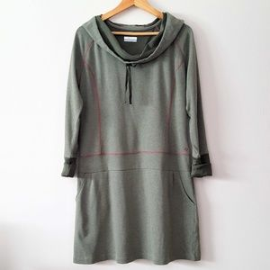 COLUMBIA OMNI-WICK OLIVE GREEN  DRESS WITH HOODIE